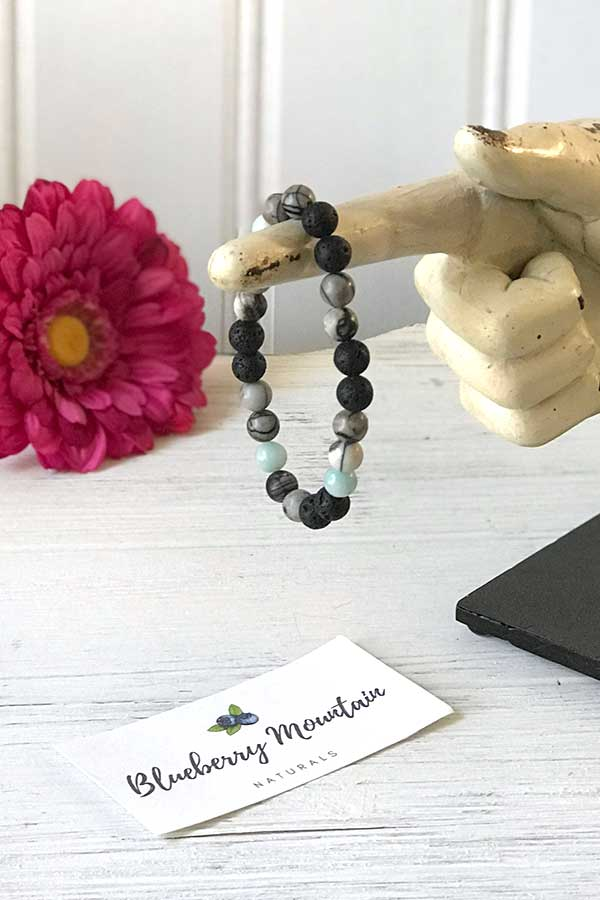 Blueberry Mountain Naturals Essential Oils Bracelet