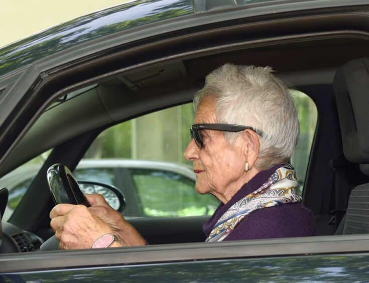 Picture of elderly lady driving