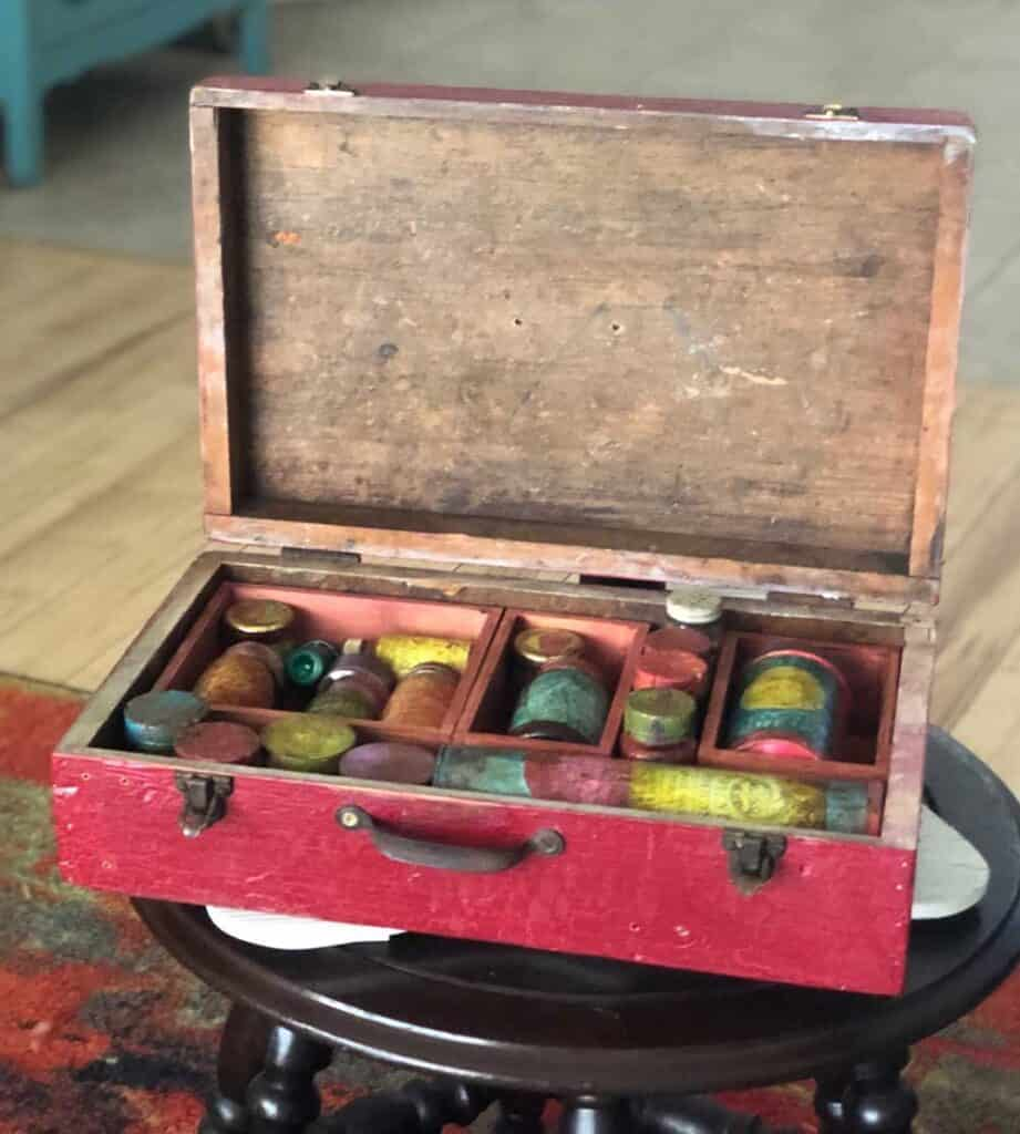 Faux Apothecary Box - Thrift Store Crafts